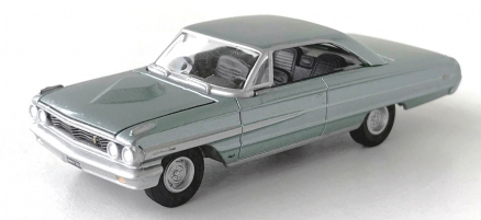 gallery/64 galaxie 500 xl silver seagrass green aw bruks 1a vintage muscle premium r5 no5 version d svart inredning