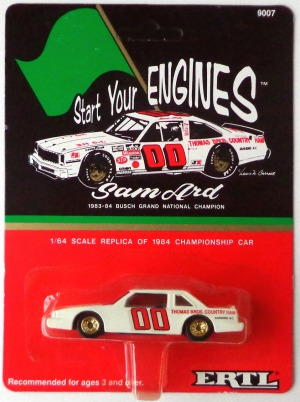 gallery/83-84 cutlass supreme vit busch grand national sam ard ertl i låda 1a